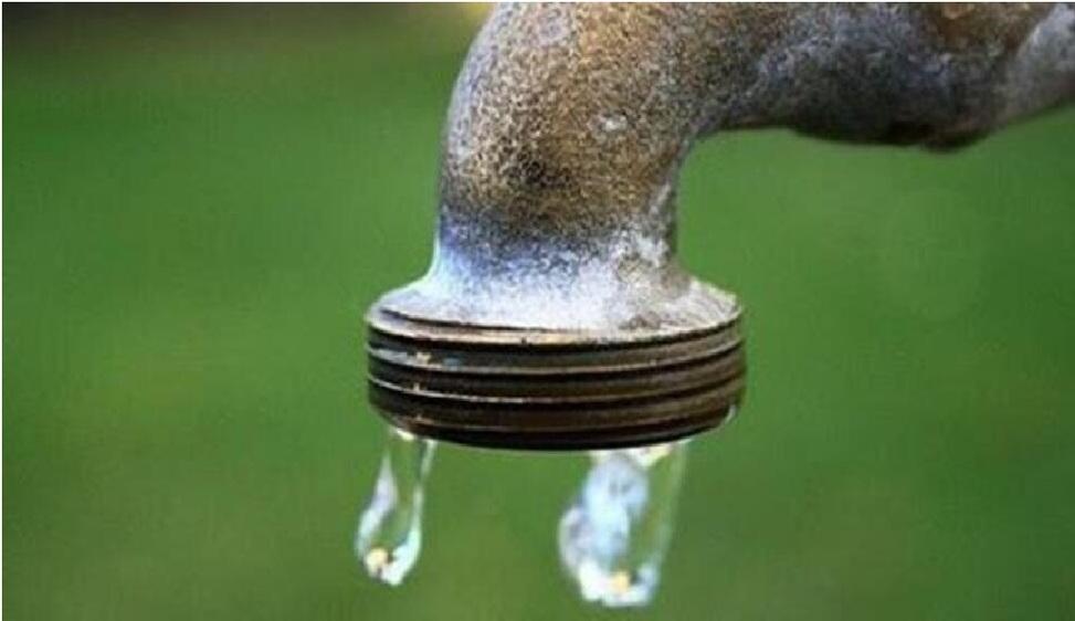 Garantire l'accesso all'acqua pubblica. Insufficienti le misure del Pnrr Dieci anni fa la vittoria disattesa del referendum