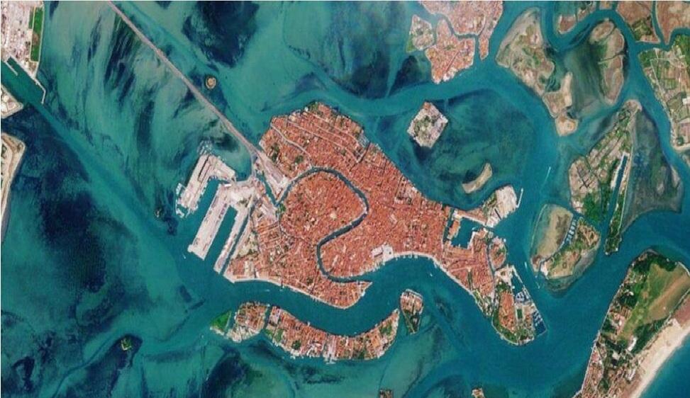 La resilienza della Laguna vista dallo Spazio Studio italiano di telerilevamento satellitare alla Biennale di Venezia